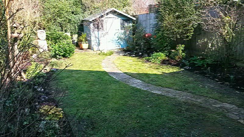 Rowan garden sharper image