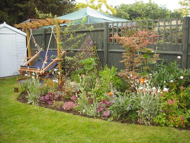 ReplantedTeddington garden - in full bloom